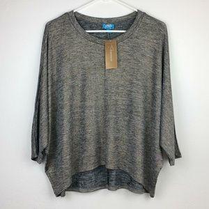 NWT Francesca's Buttons Black/gold metallic top-L